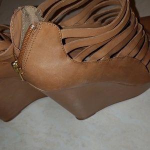 Steve Madden Shoes - Tan Wedges